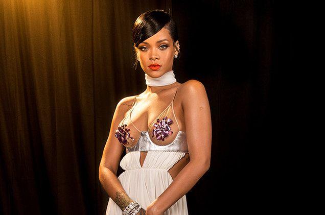 Rihanna's 'Anti' Returns to No. 1 on Billboard 200 Albums Chart   Billboard