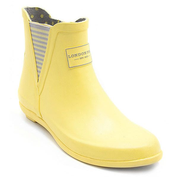 London Fog Yellow Dilly Rain Boot (1.290 RUB) ❤ liked on Polyvore featuring shoes, boots, ankle boots, yellow rain boots, yellow rubber boots, ankle rubber boots, lined rain boots and wellington boots