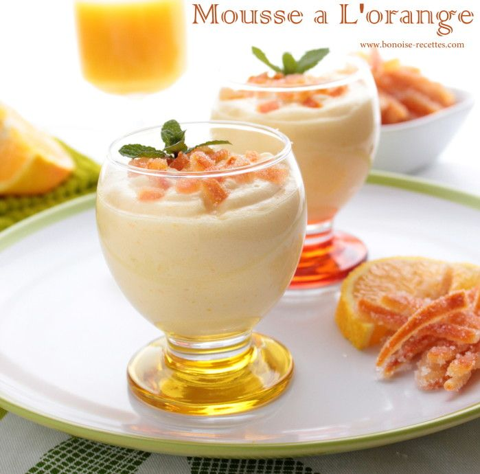 mousse a l'orange - Ingrédients 500 ml de jus d'orange Zeste de 2 oranges 3 jaunes d'œufs 3 blancs d'œuf 120 gr de sucre semoule 30 gr de...