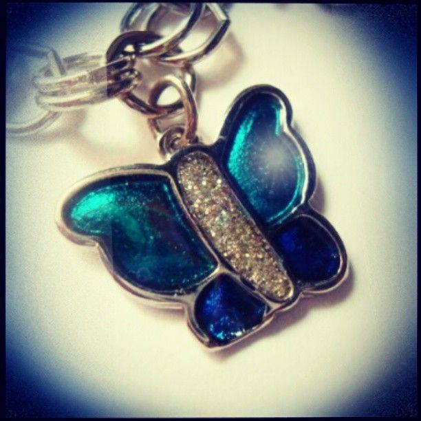 Pulsera Mariposa Azul https://www.facebook.com/AccesoriosUv