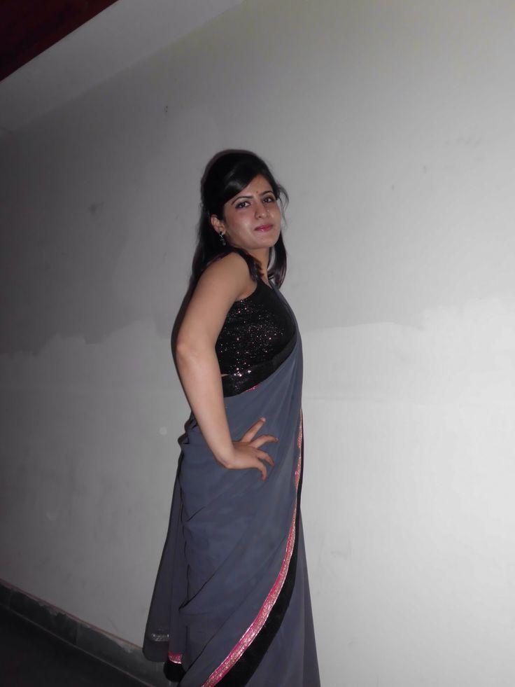 Descent grey saree with a black blouse
