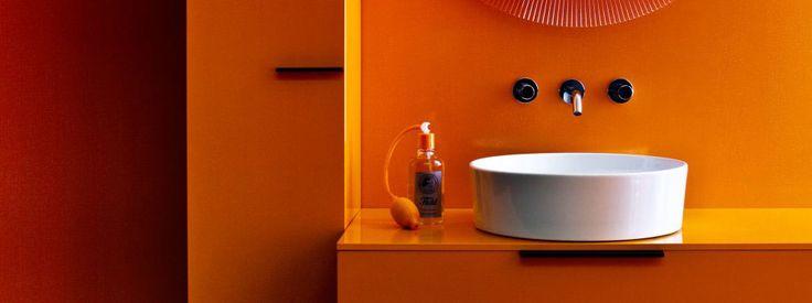 die besten 25 laufen bathrooms ideen auf pinterest wc laufen produktdesign skizzieren und. Black Bedroom Furniture Sets. Home Design Ideas