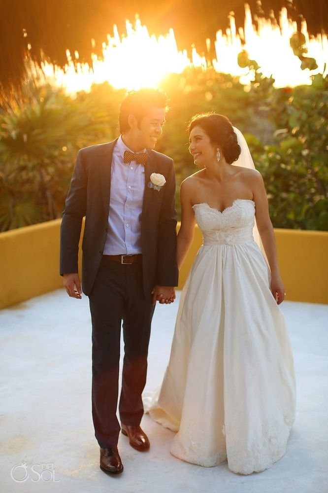 Sunsets make the best backdrops to your wedding photos! | Del Sol Photography
