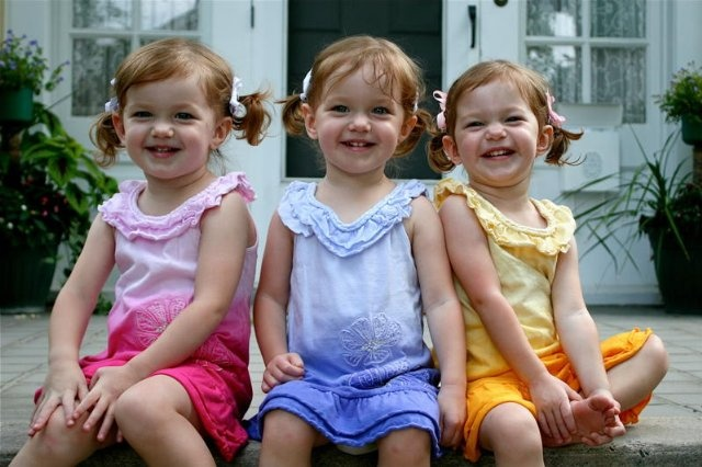 Clagett Triplets. How cute are they?: Girl, Little Red, Clagett Triplets, Multiple Births, Three, Multiple Joy, Funny Kids, Box Pies