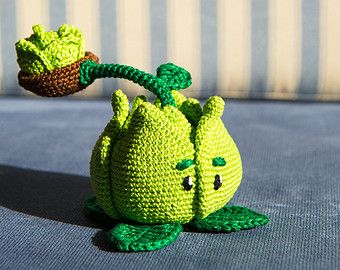 """Crochet Pattern of Cabbage-pult from """"Plants vs Zombies"""" (Amigurumi tutorial PDF file)"""