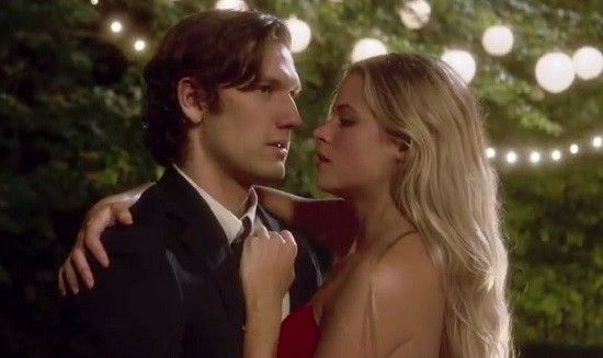 Endless Love Trailer: Classic Forbidden Love Tale Retold