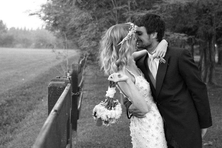 - Casamiento Alexia y Santiago en Santa Lucia -  Foto: Estudio Falke Rey  #arpilarweddings #lavidadeados #momentosqueinspiran #momentosarpilarweddings #salon #santalucia #naturalezayeventos #realweddings #casateconarpilarweddings