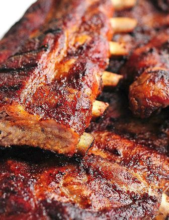 Chipotle Baby Back Ribs Recipe ~ These Chipotle Baby Back Ribs are sweet and spicy, with hints of chipotle chile pepper, and cinnamon, and the sweetness of brown sugar and maple syrup.