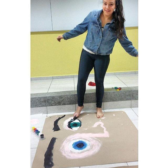 Pintando con los pies ❤ #abstracto #concreto #pintura #clases
