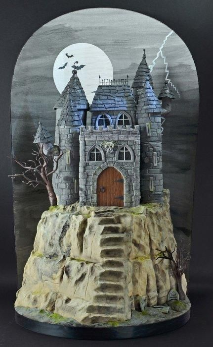 Halloween Castle - Cake by Sandra Monger | CakesDecor.com