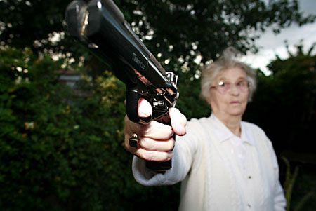 Teen Gangster Granny 65