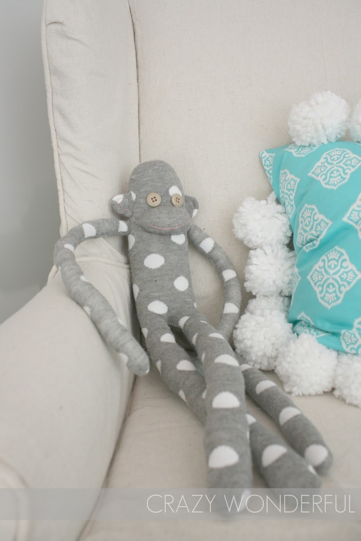 Sock monkey #diy #crafts--Great, now you make a monkey without it looking like a sock.