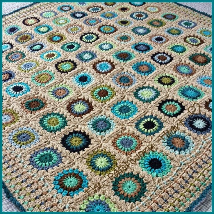 Color Inspiration :: One hundred starburst granny squares (no two the same!) finished with a block stitch border. Ten shades of Stylecraft DK in browns, blues, & greens - pretty mix of lights & darks. More details about the squares and Heather's process in this post ~ http://thepatchworkheartuk.blogspot.com/2014/01/starburst-crazy.html . . . . ღTrish W ~ http://www.pinterest.com/trishw/ . . . . #crochet #afghan #blanket #throw