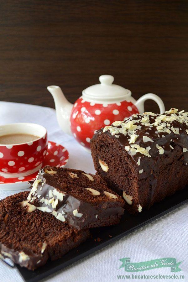 Chec surpriza sau chec cu ciocolata si miez de lapte.Reteta de chec cu ciocolata Miez de lapte.