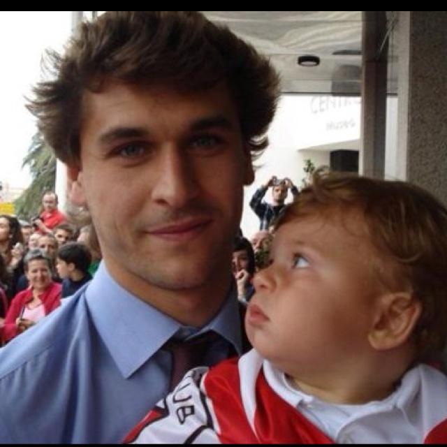 Fernando Llorente and a baby
