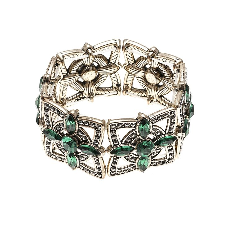 #bracelets #Fashion #trend #Accessories #green #woman #fashionwoman #style #diva #trend #beauty #hand #woman