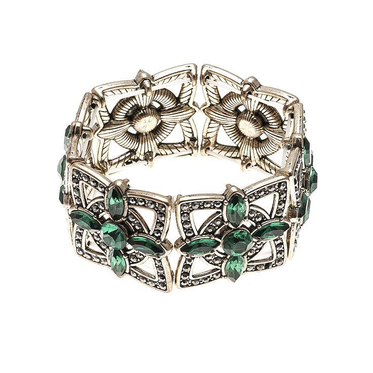 #bracelets #Fashion #trend #Accessories #green #woman #fashionwoman #style #diva #trend #beauty #hand #woman