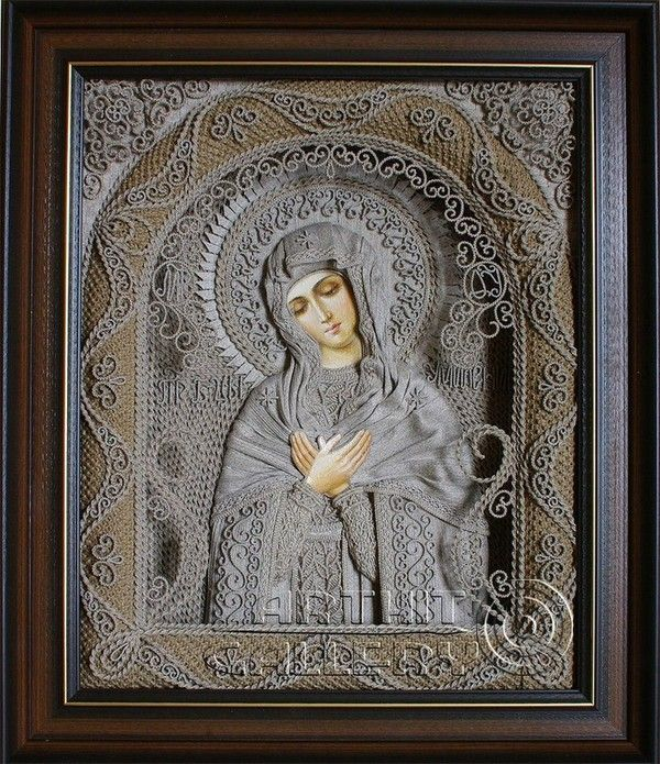 Using a knot weaving technique called macramé, Ukrainian artist Vladimir Denshchikov creates amazing religious icons almost entirely of linen thread. Only the faces and hands are painted and no tools are used. Each work takes from 3 to 6 months to complete.