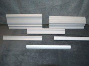 Какой потолочный плинтус выбрать: плинтуса различной формы и размеров