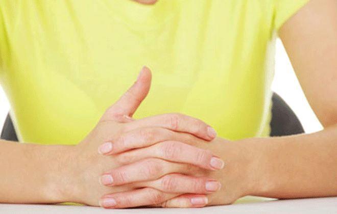 Το πιο γρήγορο τεστ προσωπικότητας: Πώς σταυρώνετε τα χέρια σας;