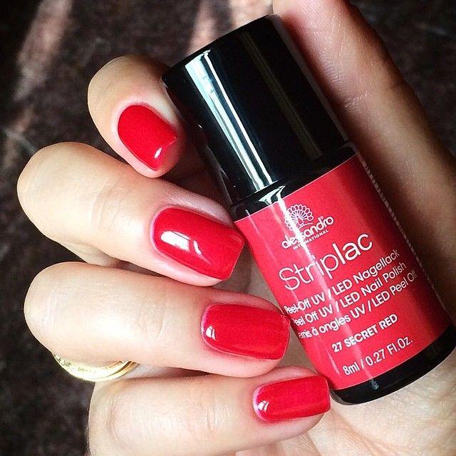 Přesně tento odstín máme v Salonu Korunka - Alessandro Striplac Secret Red