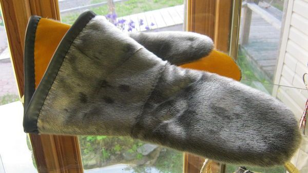 Slippers N Things Long Seal Skin Mitts Made In Canada
