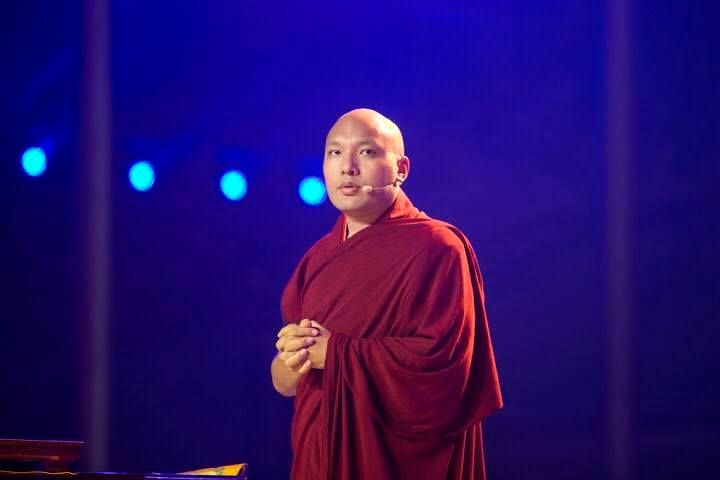 "How do I do that? ~ 17th Karmapa http://justdharma.com/s/n80pr  In essence all of us want to be good people and accomplish the benefit of others. But the trick is to ask ourselves the question, ""How do I do that?""  – 17th Karmapa  source: https://www.facebook.com/karmapa"
