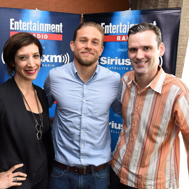 Charlie Hunnam gracing us with his endless cool in @ewlive studio at #SDCC