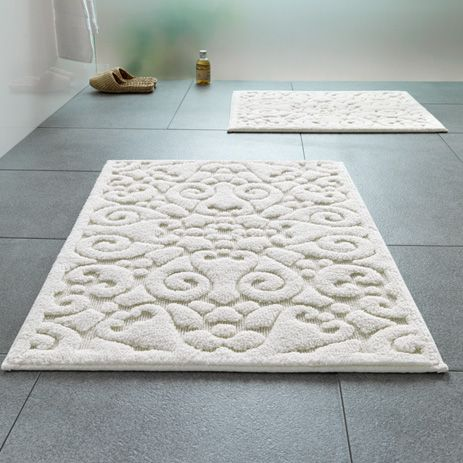Charming Bathroom Rugs