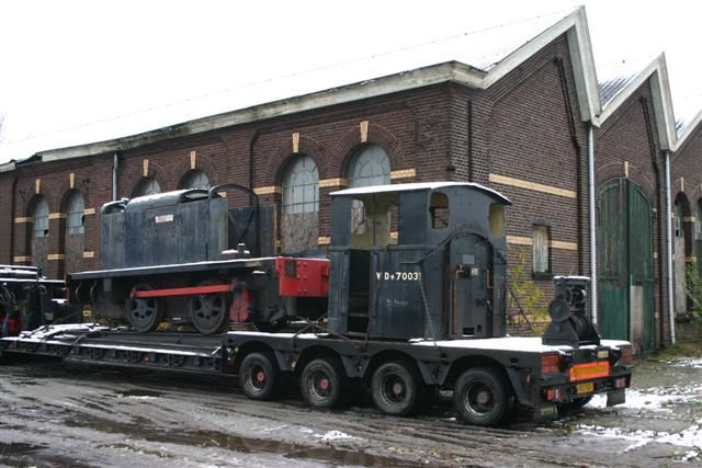 WD 31 = WD 70031 = WD 820 = WD 124 now in a state of restouration at the War museum at Overloon, Netherlands. On the picture it's arrival at Blerick to donate spare parts to WD 33