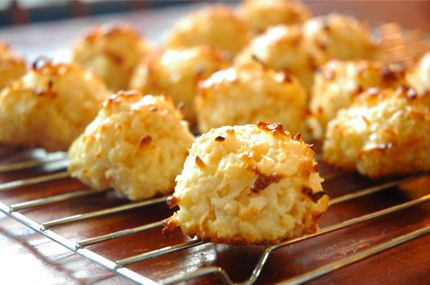 SNACK - Coconut Macaroons for the anti-candida diet