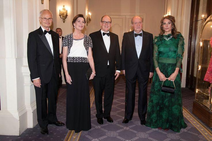 From left.  HRH Prince Alvaro de Orleans-Borbon, HRH Princess Caroline of Hanover, HSH the Sovereign Prince Albert II of Monaco, His Majesty the King of Spain Juan Carlos, HRH Princess Antonella de Orleans-Borbon