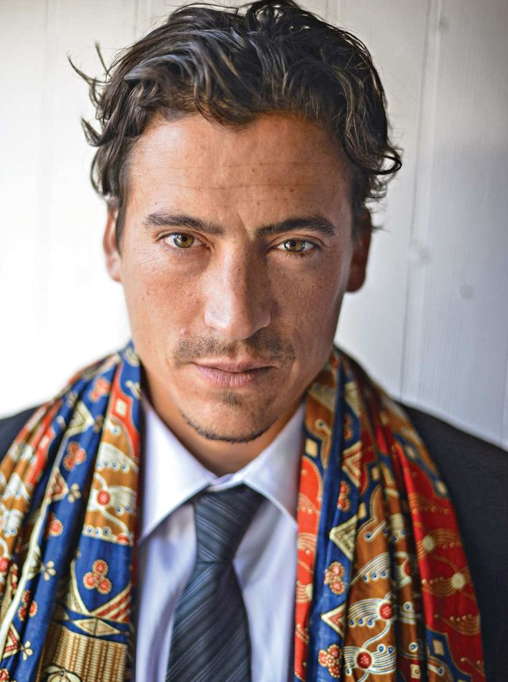 He's still as epically beautiful as ever!: Om-ing by the Beach With Andrew Keegan -- Vulture