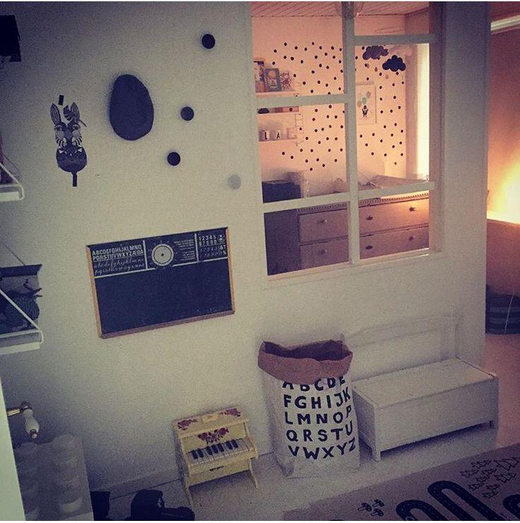 Vindue opdelt værelse