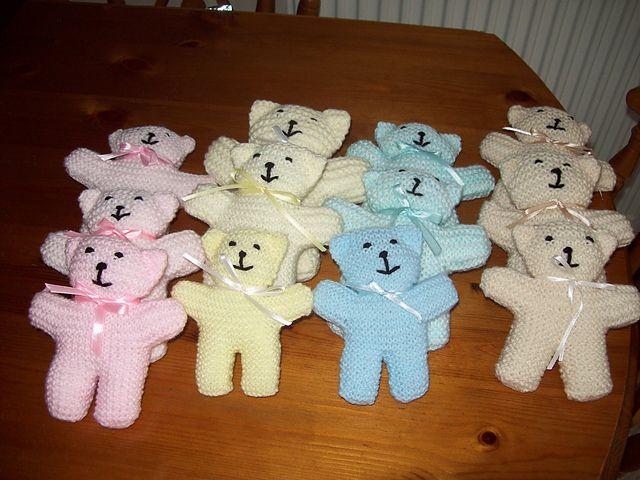 Petit ourson au tricot | 3 petites mailles