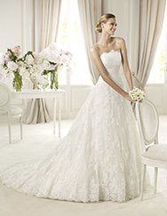 Pronovias presents the Berlin wedding dress. Costura 2013. | Pronovias