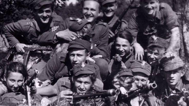 IPNtv: Polski Stół (spot) - Tropem Wilczym. Bieg Pamięci Żołnierzy Wyketych