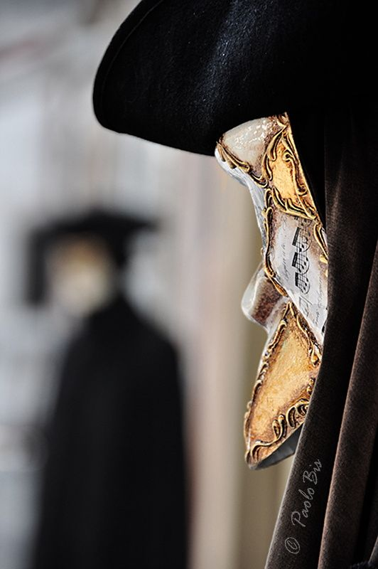 Waiting for the Venice's Carnival by Paolo  Bison  on 500px  #Paolobis  #Venice  #Carnival   #Mask  #Venezia  #Carnevale  #Flickr