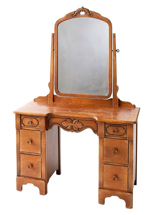 Convert an Old Vanity- super cute. I wonder if I can make the vanity - Best 25+ Old Vanity Ideas On Pinterest Furniture Ideas, Dressers