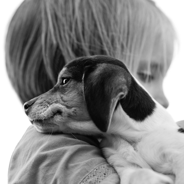 black-and-white: New Friends (by Thomas Hawk)