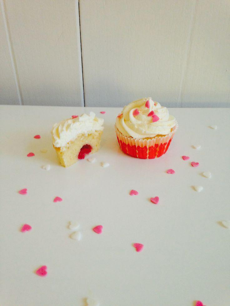 Meer dan 1000 idee n over chocolade frambozen cupcakes op pinterest frambozenmousse frambozen - Chocolade en witte badkamer ...