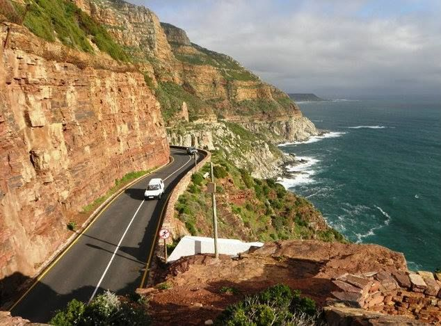 #11 #1000thingstodo #capetown Drive along Chapman's Peak to Cape Point  The twenty-minute drive from Cape Town, Western Cape is surrounded entirely by mountains and the Atlantic Ocean.   I <3 Cape Town