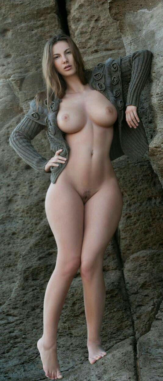 Plus size Latinas naked