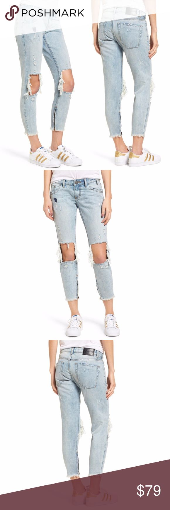 """New One Teaspoon Freebirds Jeans One Teaspoon Freebirds Womens Crop Jeans - Blue Hart        100% Cotton  New with tags.    MEASUREMENTS (Based on size 29) Waist:  15"""" flat across Rise:  8"""" Inseam: 25""""  All items I sell are 100% authentic! Buy with Confidence.  246628 246528 One Teaspoon Jeans Ankle & Cropped"""
