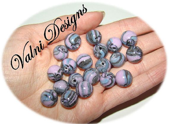 20 Perles Fait à la main en Porcelaine Froide par ValniDesigns, $2.10