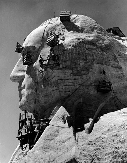 Master Einsenstaedt: Mount Rushmore, 1940.