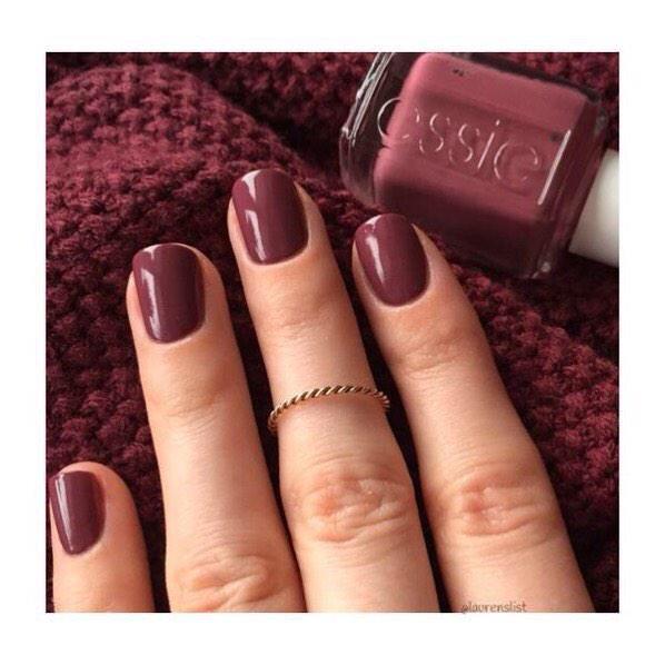Marsala manicure