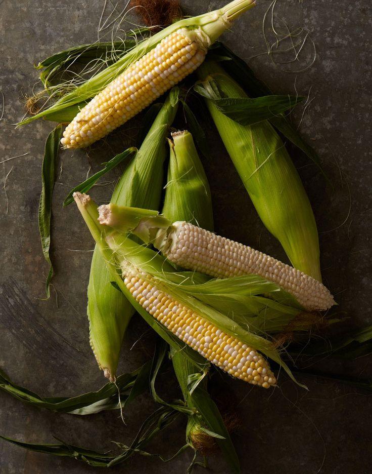 Corn on the CobFoodphotography, Sweets Corn, Cob Best Tricks, Vegetables, Farmers Marketing, Food Photography, Fresh Corn, Nifty Tricks, Fruit Veggies