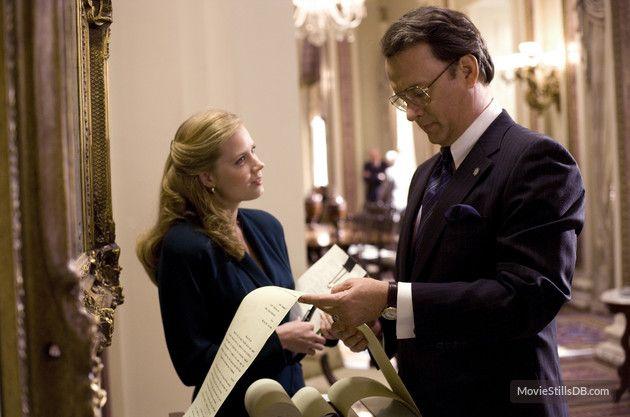 Charlie Wilson's War - Publicity still of Tom Hanks & Amy Adams