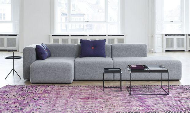 Mags sofa er en modulsofa som kan settes sammen etter ønske. Små og store løsninger, i tre forskjellige stoffer.